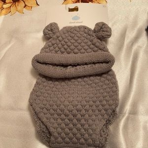 NWT grey knit bear outfit - hat & diaper cover